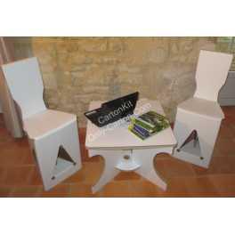 Stand en carton - 2 chaises et 1 table basse